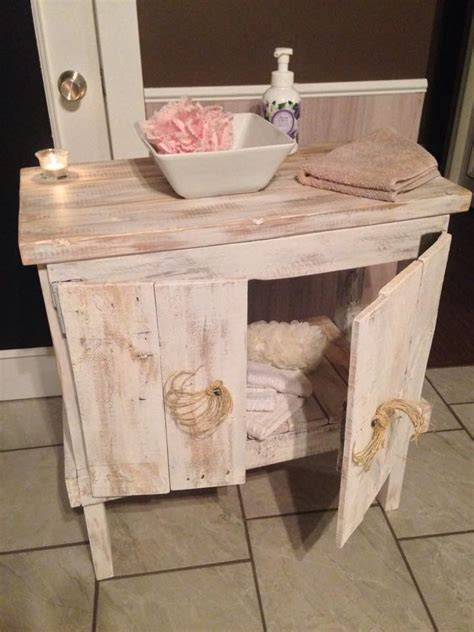 17 Best Images About Pallet Bathroom On Pinterest Pallet Upcycled Bathroom Storage