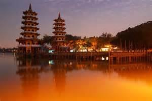 Places To Visit Lotus Lake Kaoshiung Taiwan Beautiful Places To