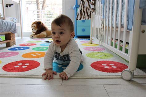 tappeto neonato per gattonare i 5 consigli per arredare la cameretta neonato