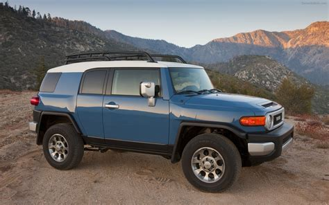 2012 Toyota Fj Cruiser Toyota Fj Cruiser 2012 Widescreen Car Photo 29 Of