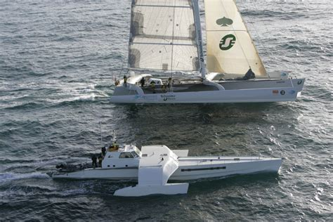 trimaran expedition french multihull geronimo sets sail for the oryx quest 2005