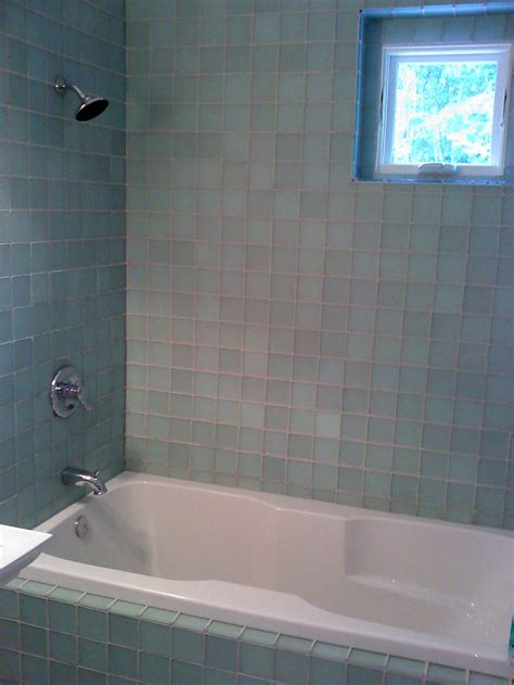 bathtub surrounds tub surrounds for bathrooms with windows