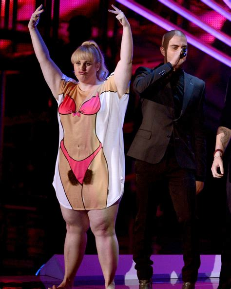 celebrity hit list tab 2012 rebel wilson the craziest mtv vma outfits from the