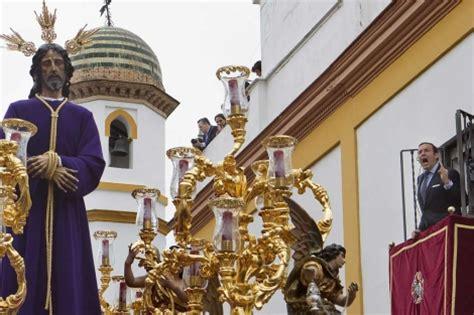 alquilar una casa en semana santa cuesta  euros por noche  persona vivienda elmundoes