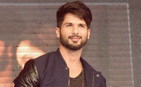 biography of film haider shahid kapoor bollywood bubble 390438