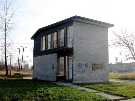 tiny houses detroit detroit tiny homes creative shelters and abandoned spaces