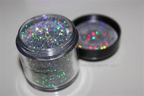 m a c pro 3d silver glitter tastes like glitter
