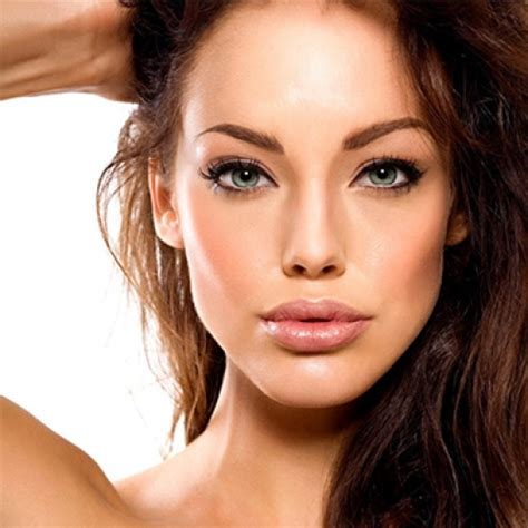 are small foreheads on women attractive with small foreheads attractive hollywood stars ugliest