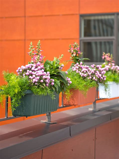 banister planters railing planters 24 quot accommodate 1 quot to 4 25 quot thick deck