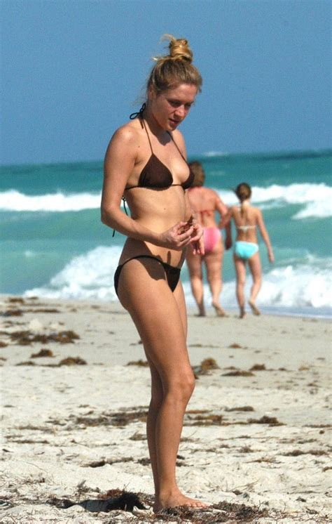 A World Of Candids Nation 27 by Nation A World Of Candids The