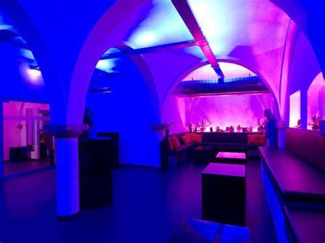 beleuchtung gewölbe eventlocation am bismarckplatz in regensburg mieten