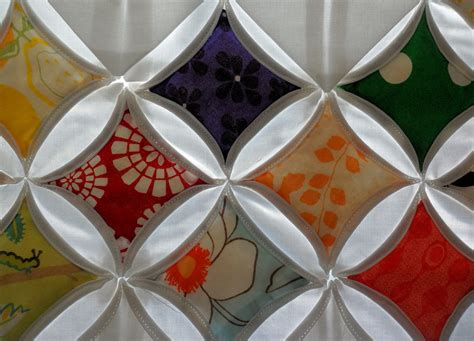 Cathedral Window Patchwork Tutorial - the jilted ballerina cathedral window quilt tutorial