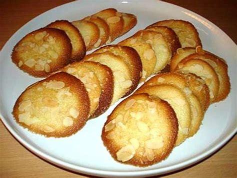 Tuiles Aux Amandes Effilées by Recettes De Patisserie Et Biscuits 12