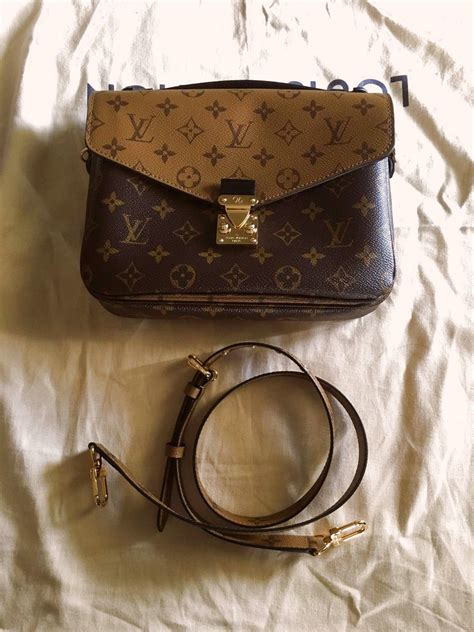 authentic louis vuitton pochette metis reverse monogram
