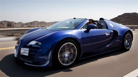 worlds fastest car driving the world s fastest car