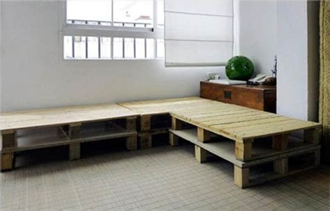 diy platform couch diy pallet sectional sofa for living room 99 pallets