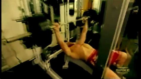 brock lesnar max bench press brock lesnar bench press youtube