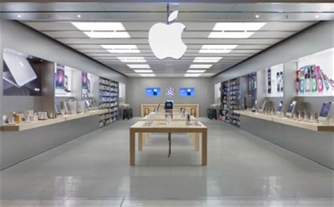 Store Floor Apple Store Floor Space Remains The Richest Land In Retail