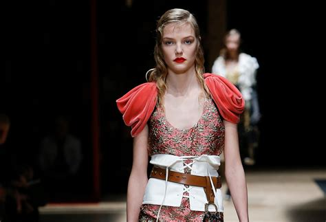 Kevan 07 Fall Collection by Prada Ready To Wear Fall 2016 Collection Review Fashion