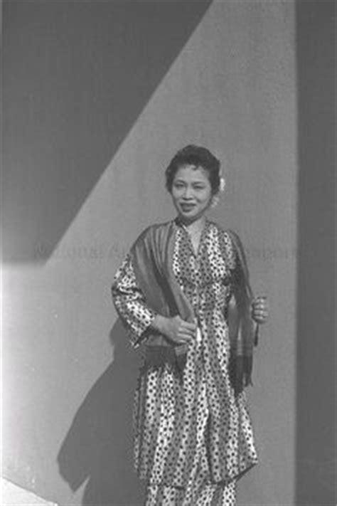 Baju Melayu Pelikat Johan contoh baju kurung baju melayu pakaian tradisional moden lelaki wanita baju