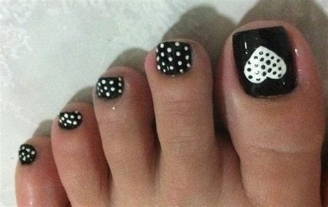 easy nail art for legs attention grabbing simple nail designs 2013 creativevore
