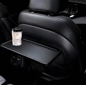 Fold Down Tables Fold Up Trays On Kia Carens Front Seatbacks A Nifty Idea