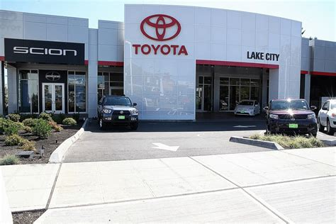 Toyota Dealers Seattle Toyota Scion Of Lake City In Seattle Wa 13355 Lake City