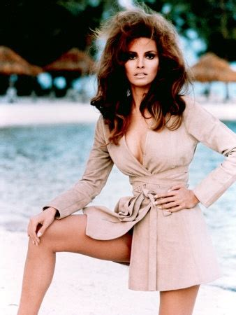 raquel welch foster grant waiters commercial youtube pftw raquel welch page 2