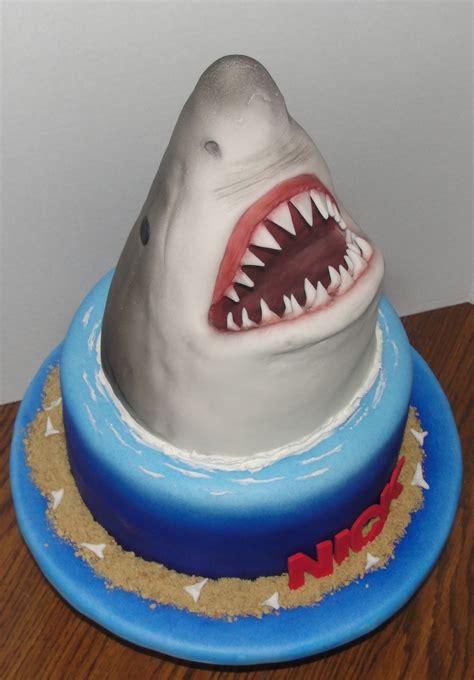 jaws birthday cake cakecentralcom