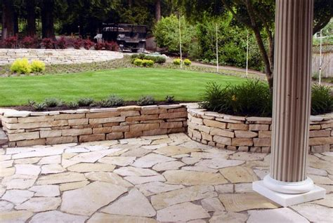 patio with retaining wall ideas house