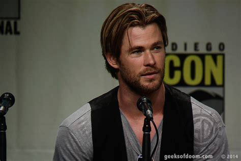 film hacker chris hemsworth thriller blackhat will star chris hemsworth stack