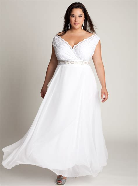 simple wedding dresses for plus size simple plus size wedding gown and how to look best with it