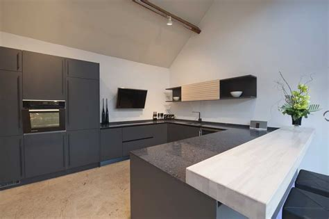Caesarstone Countertops Price by Miscellaneous Caesarstone Cost With White Walls How Much