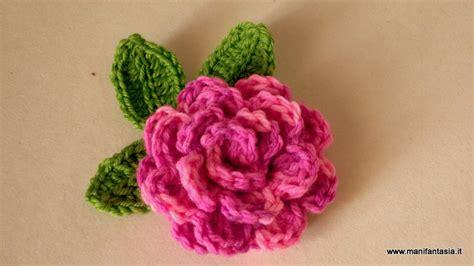 fiori fatti ai ferri uncinetto di tutorial e schemi manifantasia