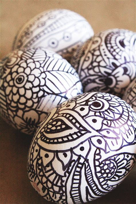 doodle easter eggs doodles think crafts by createforless