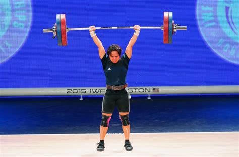 pictures  world weightlifting championships day