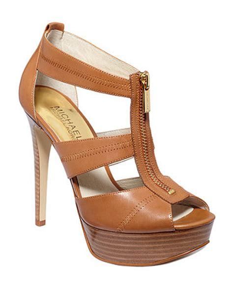 michael kors sandals macys michael michael kors shoes berkley platform sandals