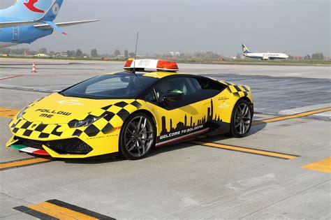 Lamborghini Bologna by A New Follow Me Lamborghini At Bologna Airport 2016 Follow
