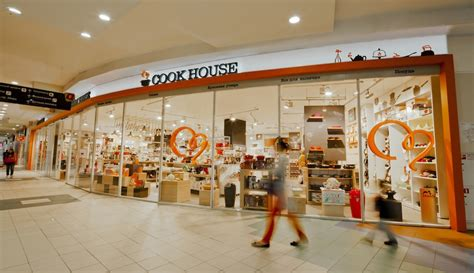 cook house fitch designs retail concept of the new cooking appliances brand cook house in russia