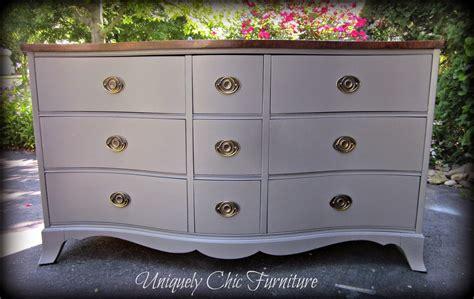 Paint A Bedroom Gray Serpentine Hepplewhite Dresser Uniquely Chic Furniture