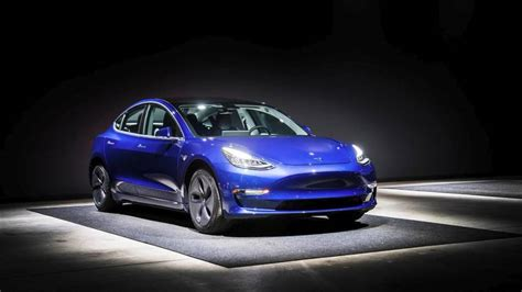 tesla model 3 mpge motor1 car reviews automotive news and analysis