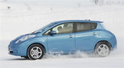 problems with nissan leaf nissan recalls leaf electric cars with brake problems