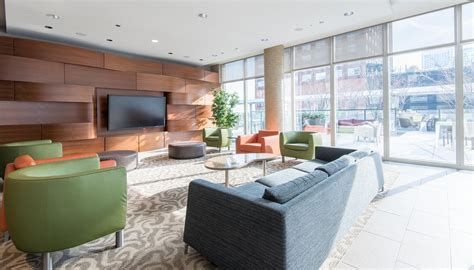 Apartments In Chicago For 500 500 Lake Shore Drive Apartments In Streeterville Luxury