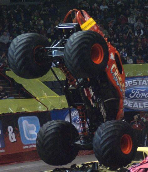 monster truck show albany ny albany new york monster jam january 22 2011