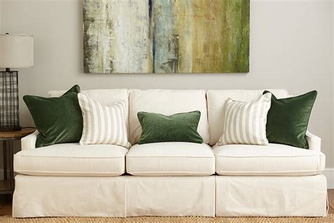 green sofa pillows guide to choosing throw pillows how to decorate