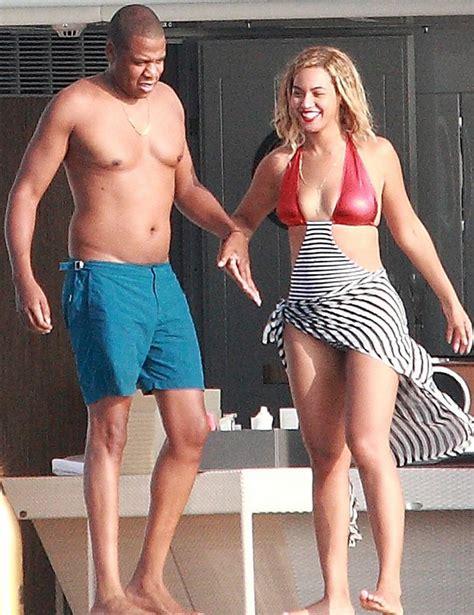 Photos A Chest Naked Jay Z Bikini Clad Beyonce