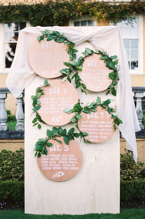 creative table seating ideas for weddings 10 chic ideas to display your wedding seating chart