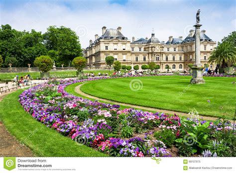 giardini di parigi il palazzo ai giardini di lussemburgo parigi francia
