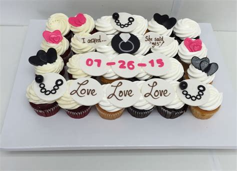 Wedding Ring Cupcakes by Cupcake Wedding Ring Cake Engagement Ring Cupcakes Flickr