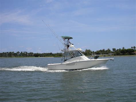 pursuit diesel boats for sale 30 ft pursuit diesel palm beach boat show sp the hull